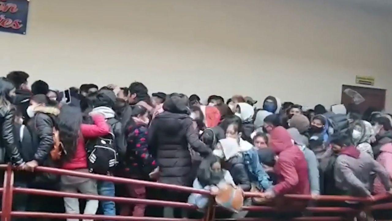 Tragedia en una universidad boliviana.Biden ordena bombardear Siria