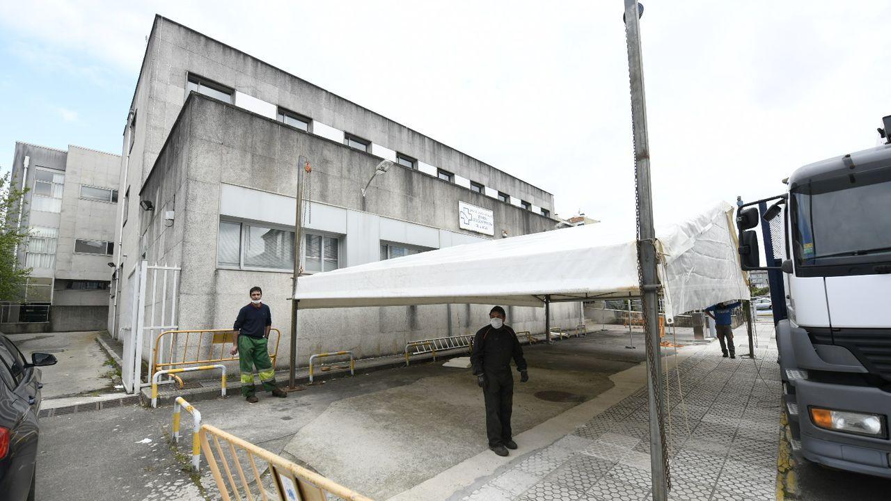 Indicación del lugar donde se realizan los test para el estudio epidemiológico en el centro de salud de A Parda, en Pontevedra