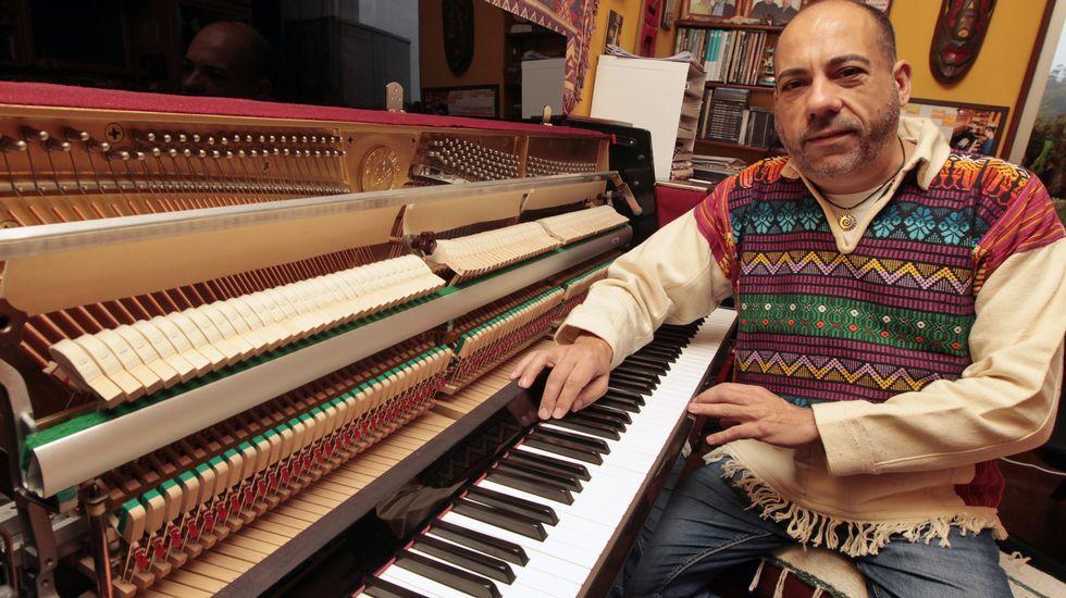 El pianista sobre el océano que grabó con Silvio