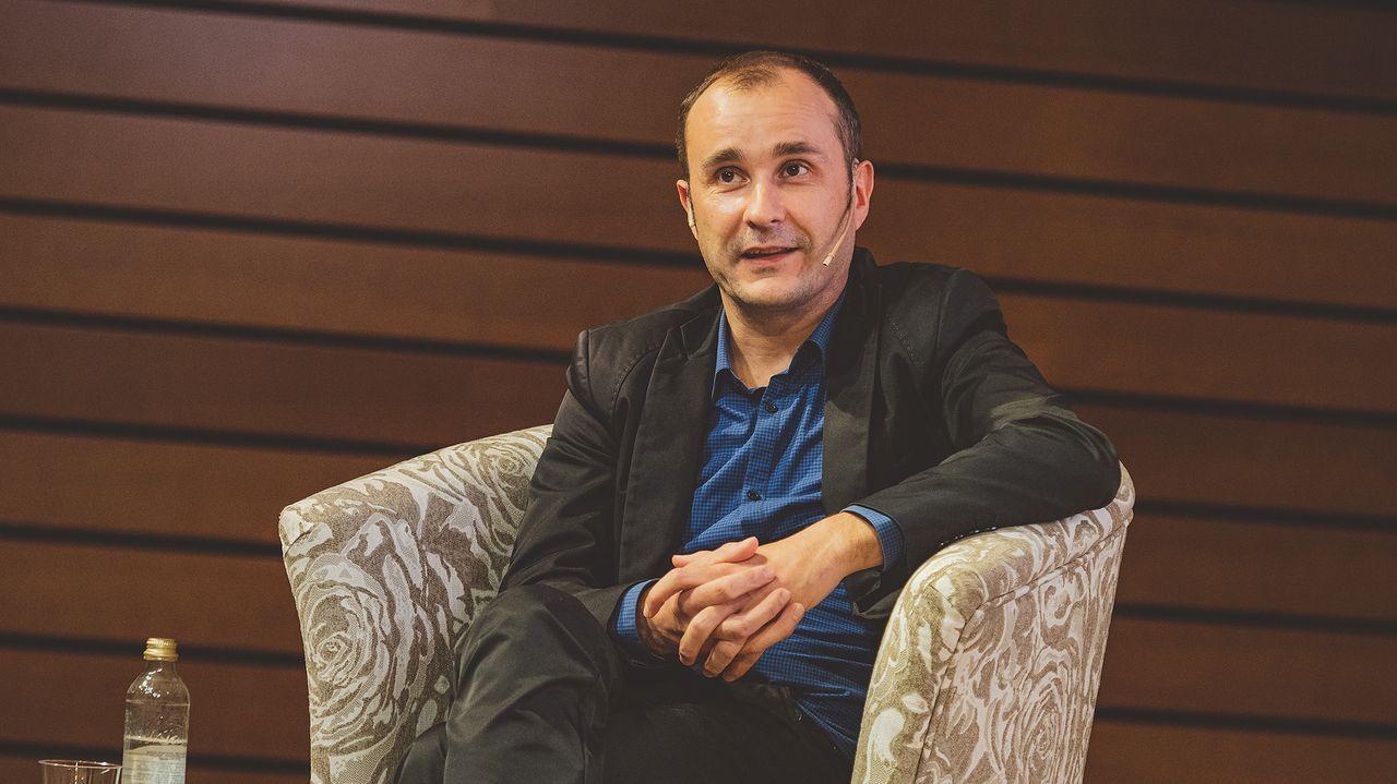 El promotor musical Carlos Montilla