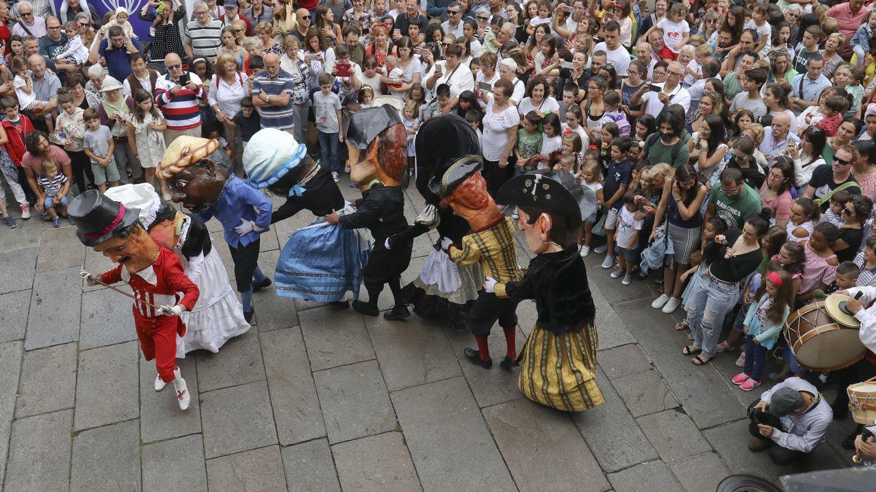 La fiesta desborda el casco histórico