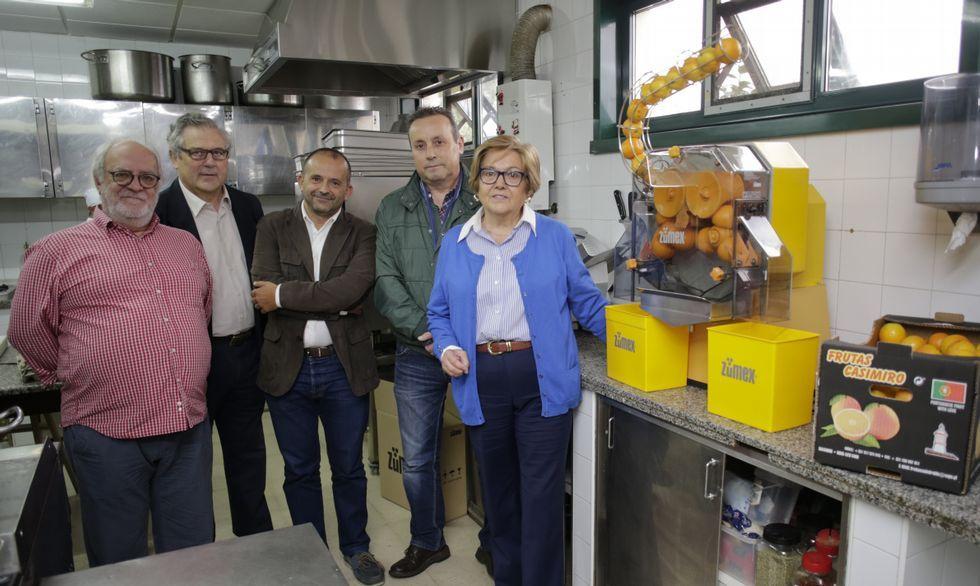 Una clienta de Gadis recibió un cheque de 5.000 euros de una campaña de Candelas.