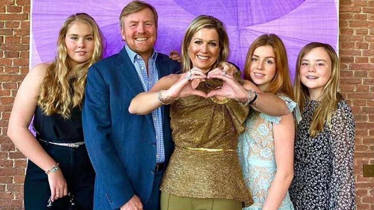 La reina de Holanda compartió su posado eurovisivo en familia en Instagram