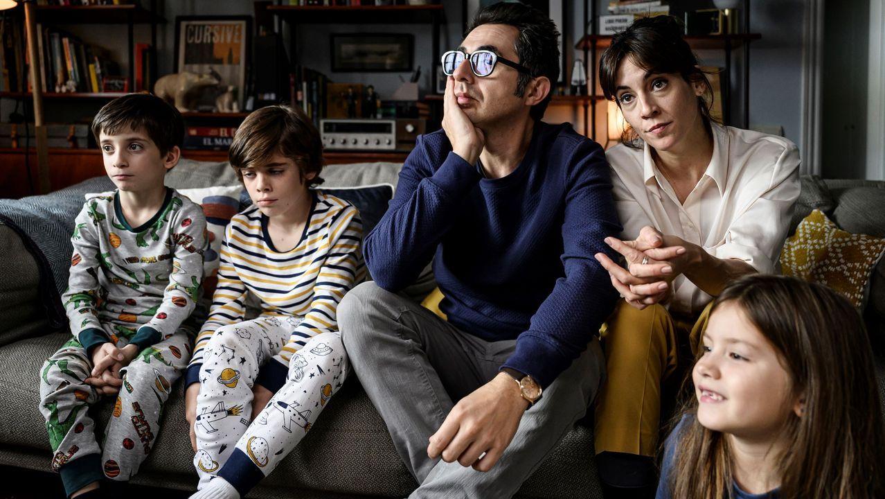 Fotograma de la serie «Gente normal»  que se estrena en España el 16 de julio en Starzplay