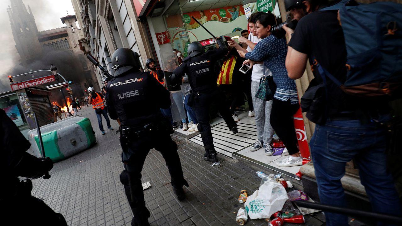 Antidisturbios, en Via Laietana
