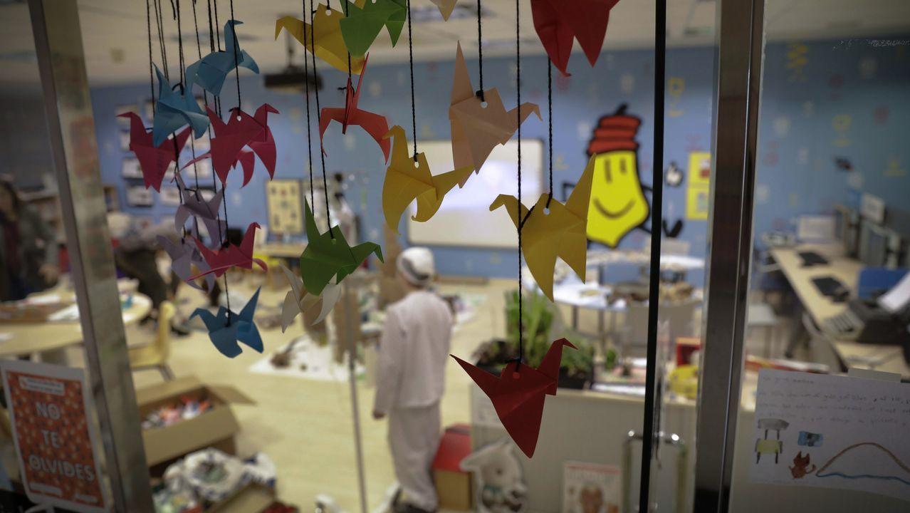 Arranca el carnaval con el concurso de orejas.materno CHUAC hospital Teresa Herrera Ciberaula Día del Niño Oncológico Grullas de origami