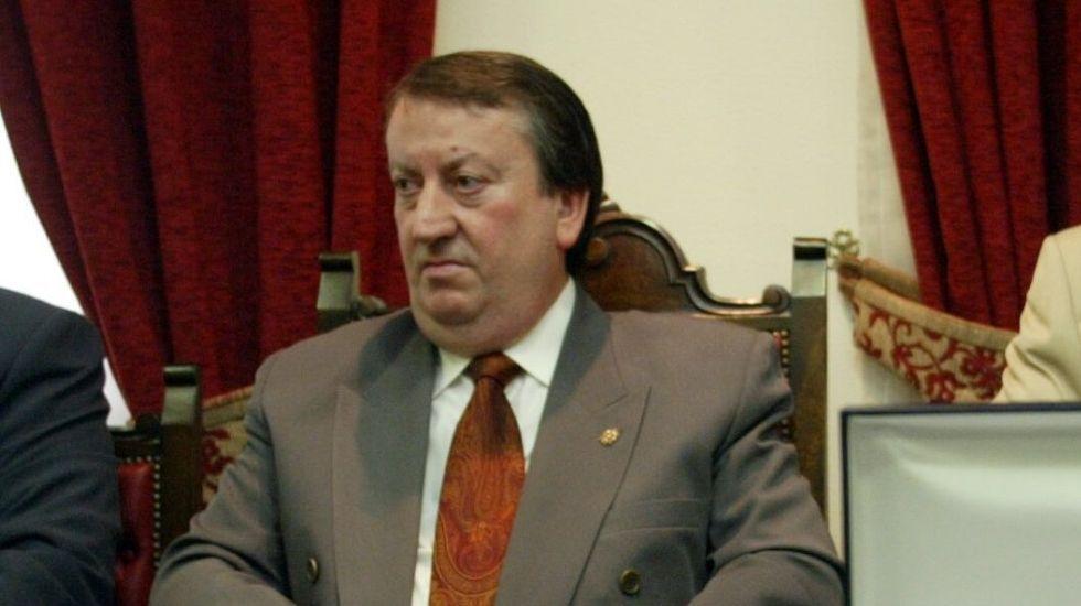 Alfonso Barcia Raposo, en una foto de archivo de cuando era presidente de la mutua compostelana Unión de Artesanos