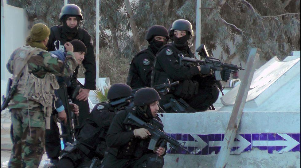 El vídeo en el que el «hombre del sombrero» denunciaba la situación de los musulmanes.Busto fue primero en la categoría M 30 y Túñez acabó tercero.