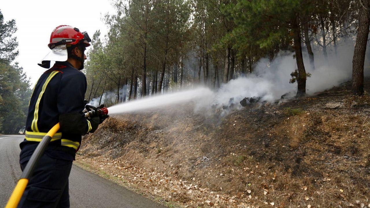 Corte de la carretera entre Chavanga y Monforte a causa de un incendio