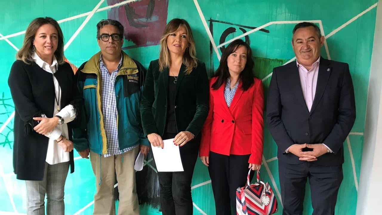 Cristina Sanz, en el centro, número 3 de la lista del PP de Lugo, con Balseiro a la derecha, número 5 de la lista