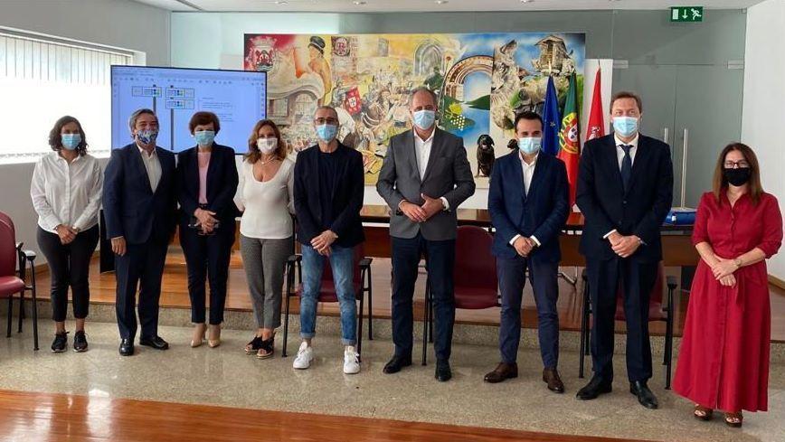 ¿Cómo podrá salir reforzado de la pandemia el sector del vino en Galicia?.Reunión de los presidentes de la DO Ribeiro y la Diputación de Ourense