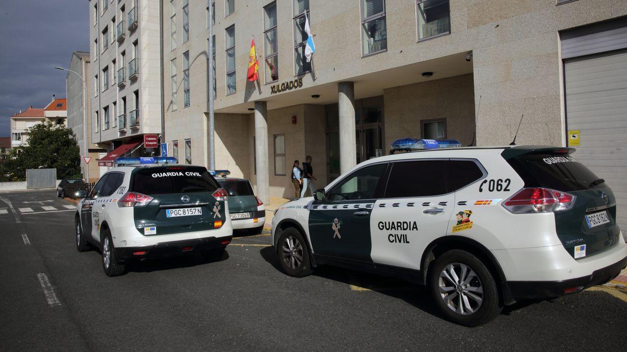 Refugio de Brañagallones.Agentes de la Guardia Civil de Tráfico