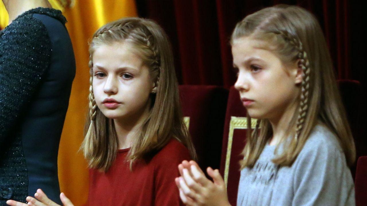 Con su hermana, en el acto solemne en el Congreso