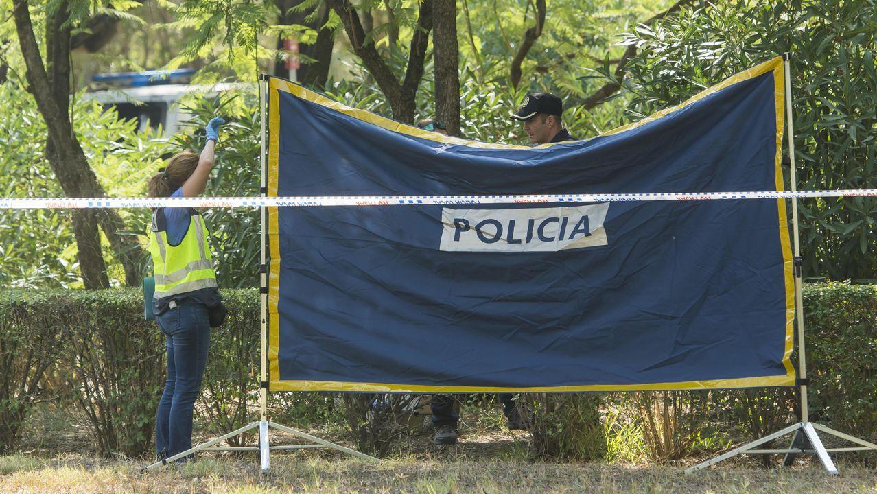 La mujer desaparecida junto a su hija en Sevilla está embarazada.Exterior del Hospital de Valme.