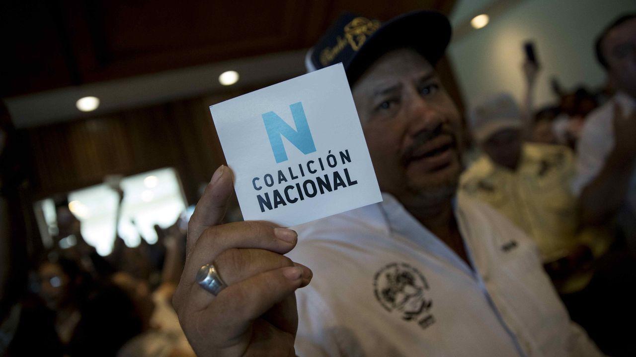 El campesino y ex preso Pedro Mena participa en la firma de una proclama de la Coalición Nacional para potenciar la lucha contra el Gobierno de Daniel Ortega