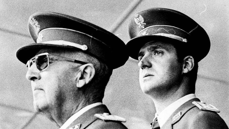 El rey Juan Carlos I con Franco, en 1969