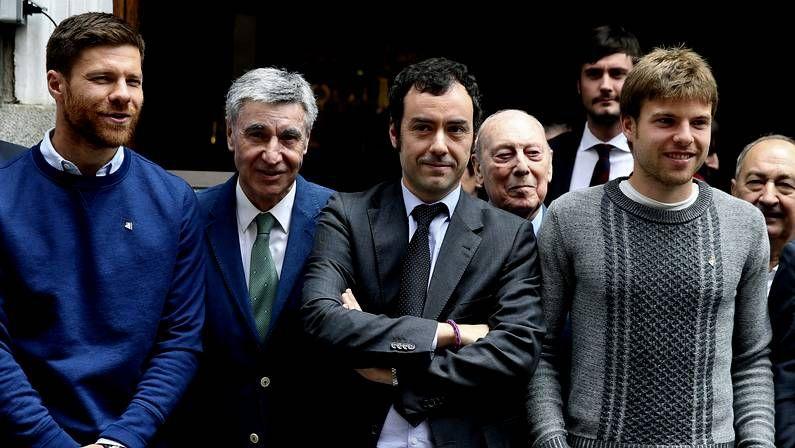Quian.Xabi Alonso e Illarramendi apoyan al Eibar