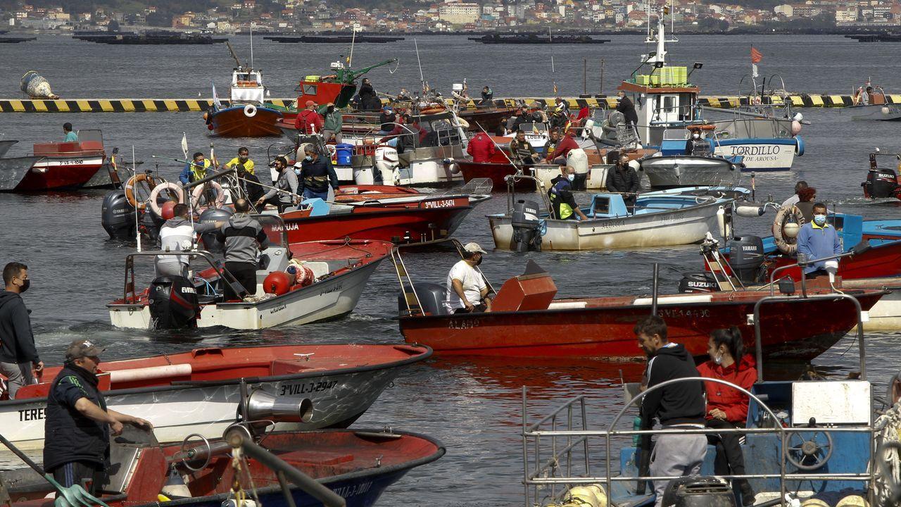 Concentraciones en los puertos en contra del reglamento de control de la Unión Europea.El parador de Pontevedra permanece abierto, al igual que el de Cambados