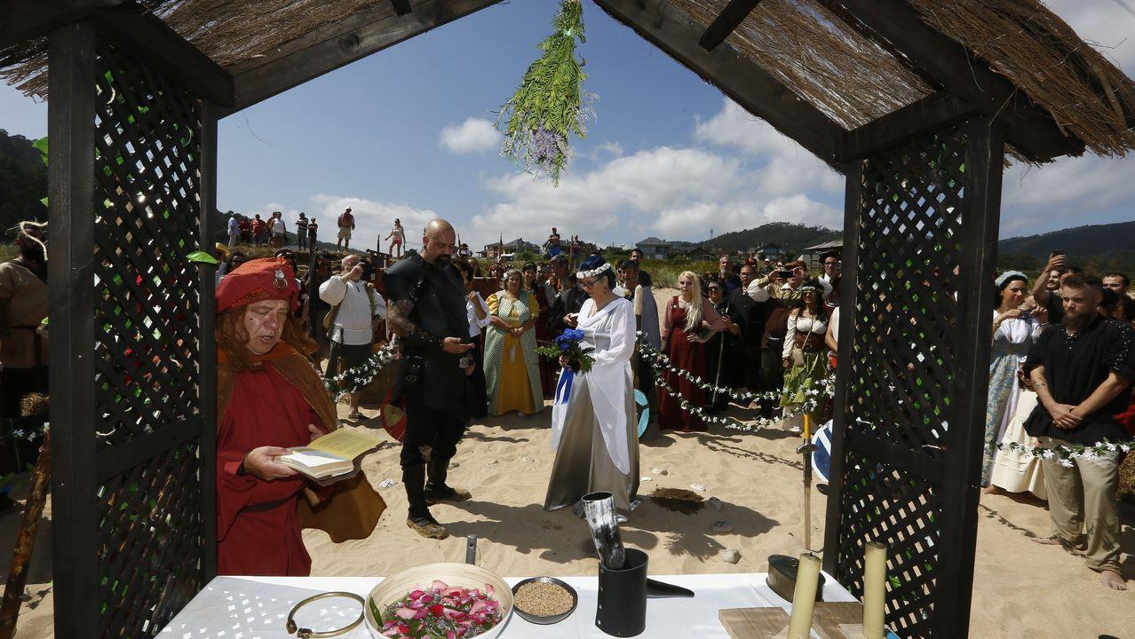 Un «sí quiero» a lo vikingo en San Román
