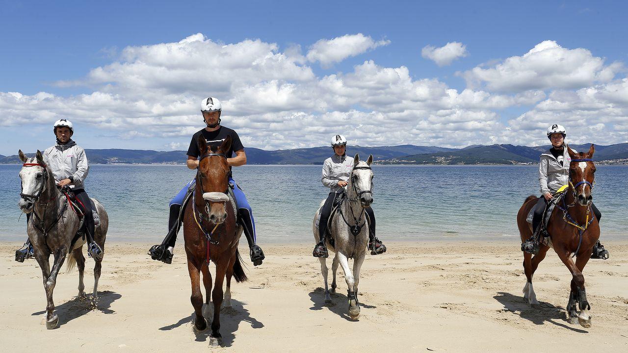 La academia de equitación CHM Endurance pone en marcha campamentos de verano.Último encuentro del Boiro en Preferente.