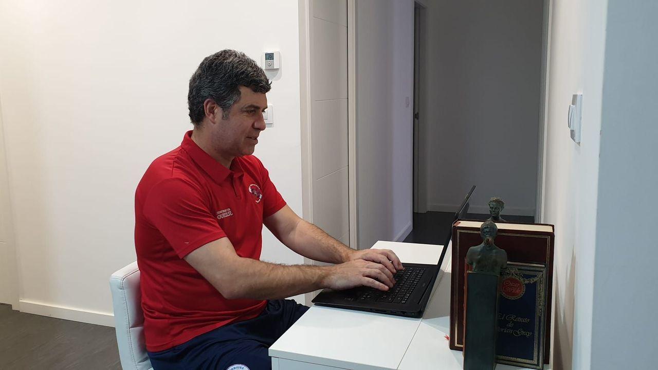 Así fue la charla sobre fútbol entre Eusebio Sacristán y Sergio González.Ramón Dacosta sigue en contacto con los integrante del club