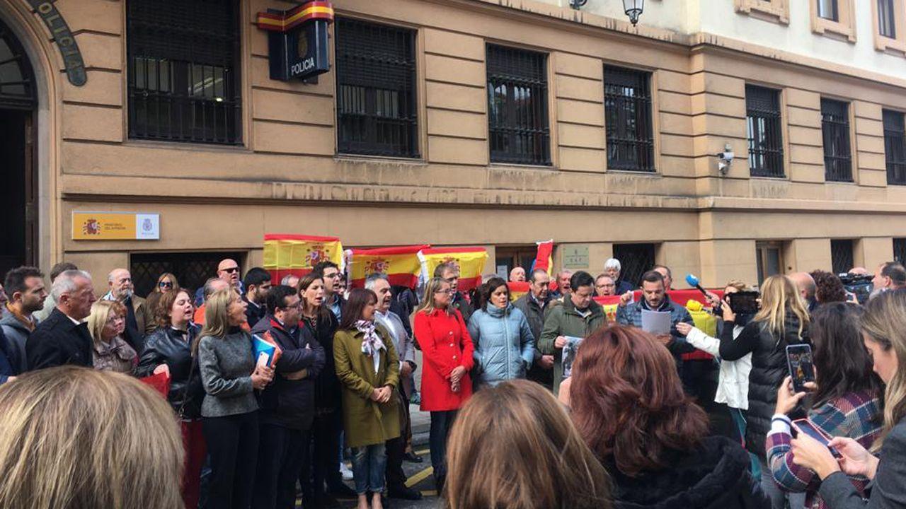 Tráiler de Port Authority.Concentración en apoyo a los policías desplazados a Cataluña