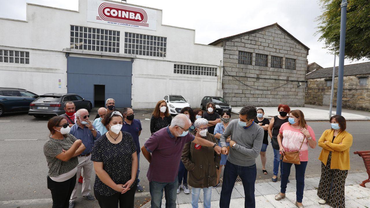 Son de Arousa: el vídeo de la descarga simulada de fardos de café que puede costarle a su protagonista 50.000 euros.Encuentro del año pasado entre los expresidentes Mariano Rajoy y Felipe González