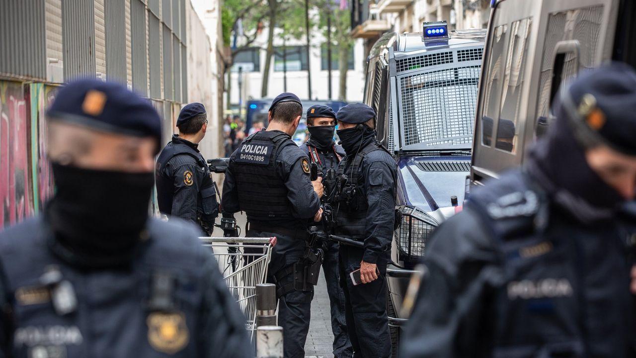 Redada realizada el pasado junio contra una trama de traficantes en el Raval de Barcelona