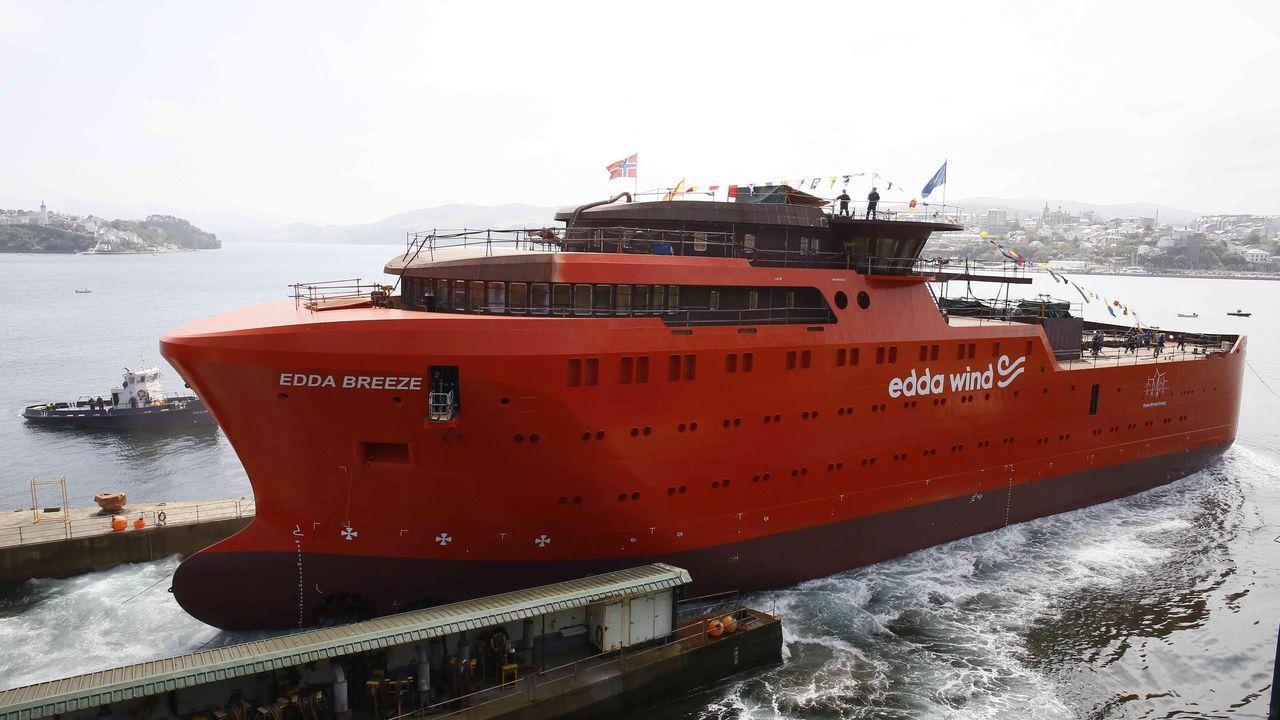 Vídeo de la botadura de un buque de apoyo a eólicos en Gondán.Metalships
