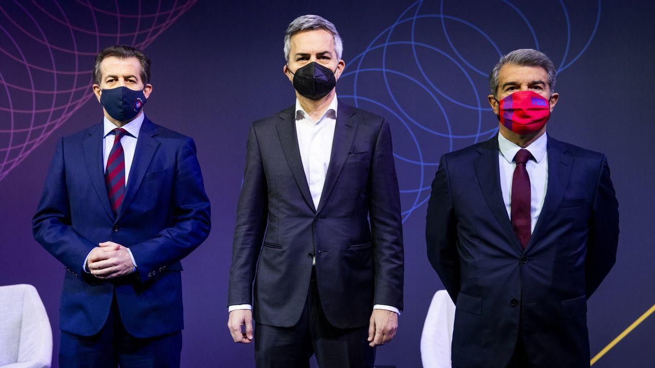 Los candidatos a la presidencia del Barcelona, Toni Freixa, Víctor Font y Joan Laporta (de izquierda a derecha)