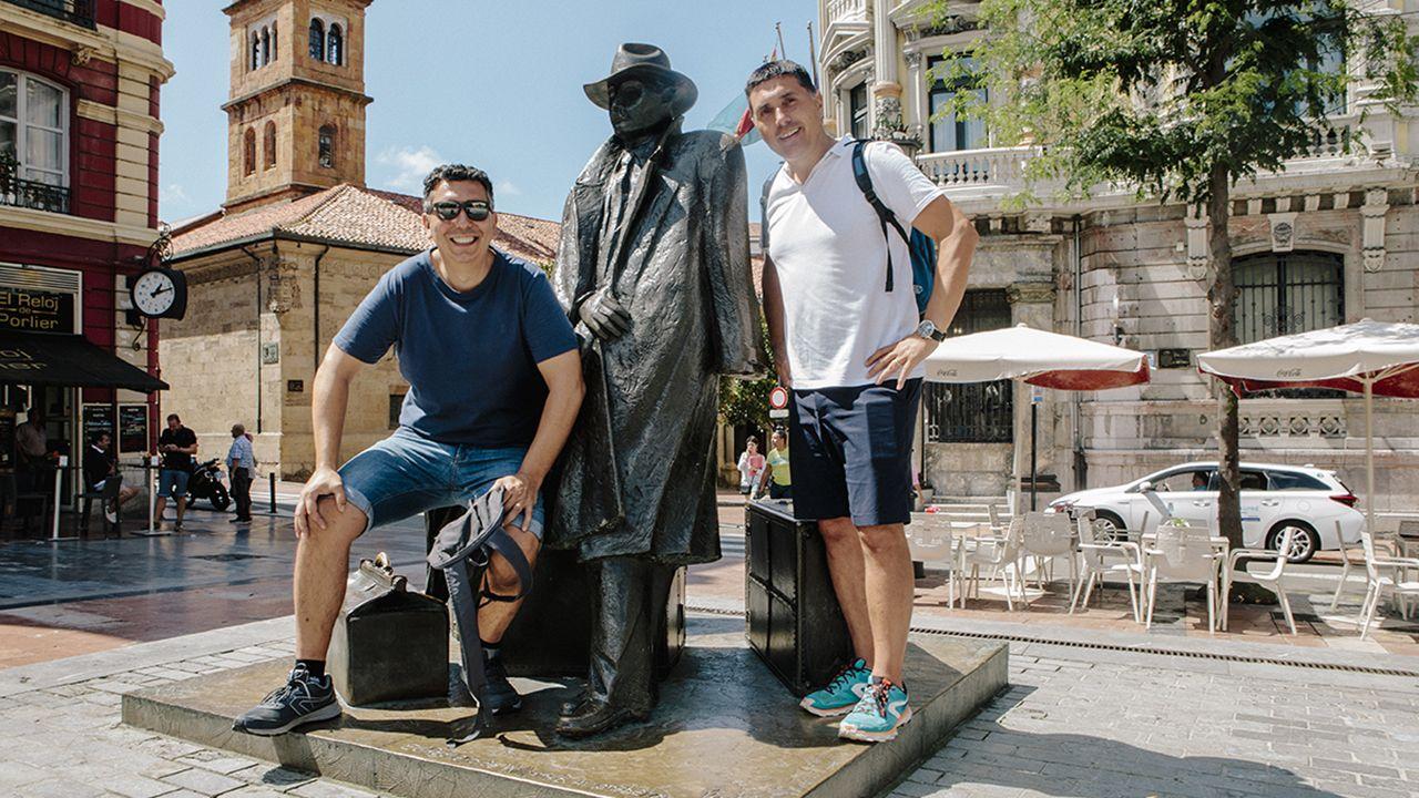 Los turistas explican sus opciones preferidas para el alojamiento en Asturias.Accidente de un autobús de scouts gijoneses en Pola de Lena, en 2006