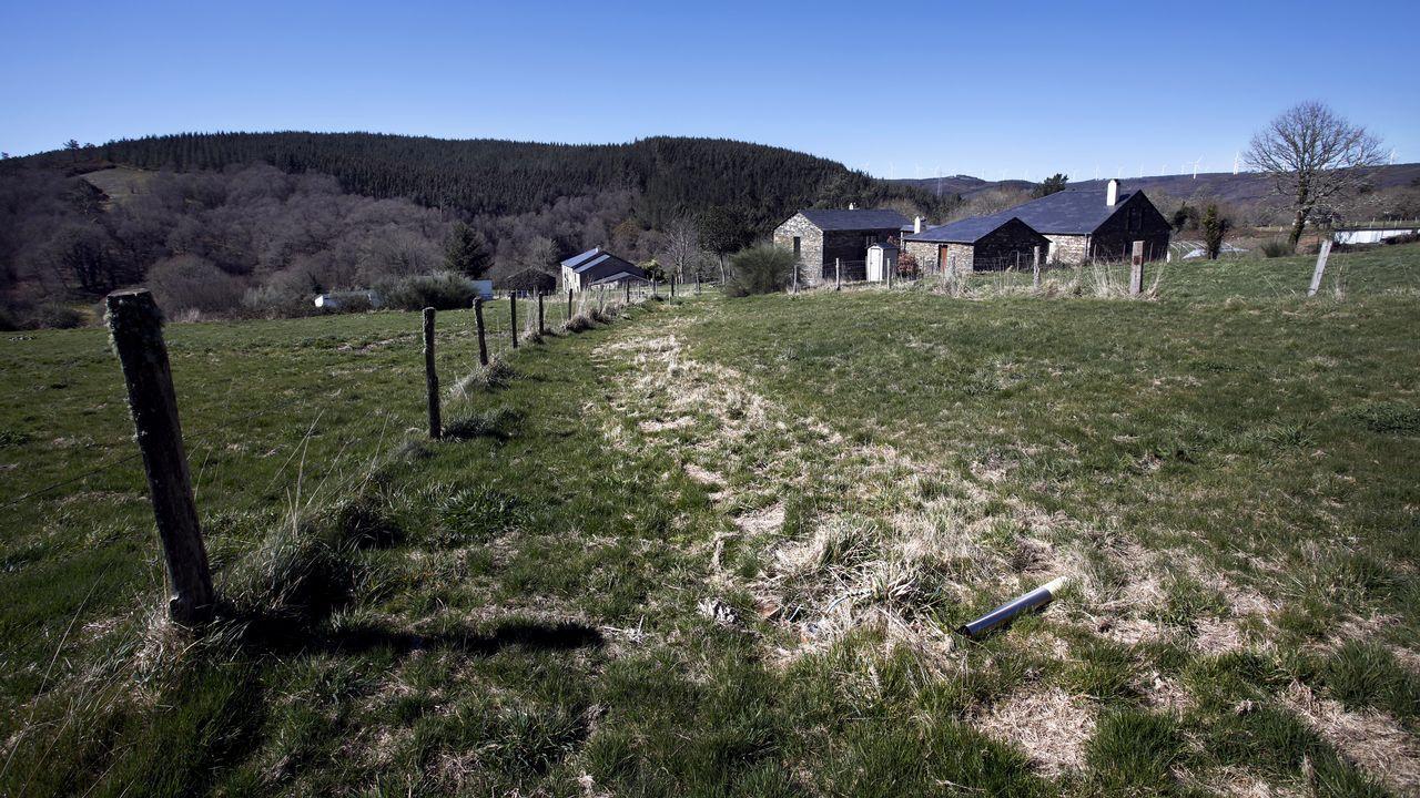 La aldea etnográfica de Carelle, en Muras, está cerrada tras haberse restaurado para usos turísticos