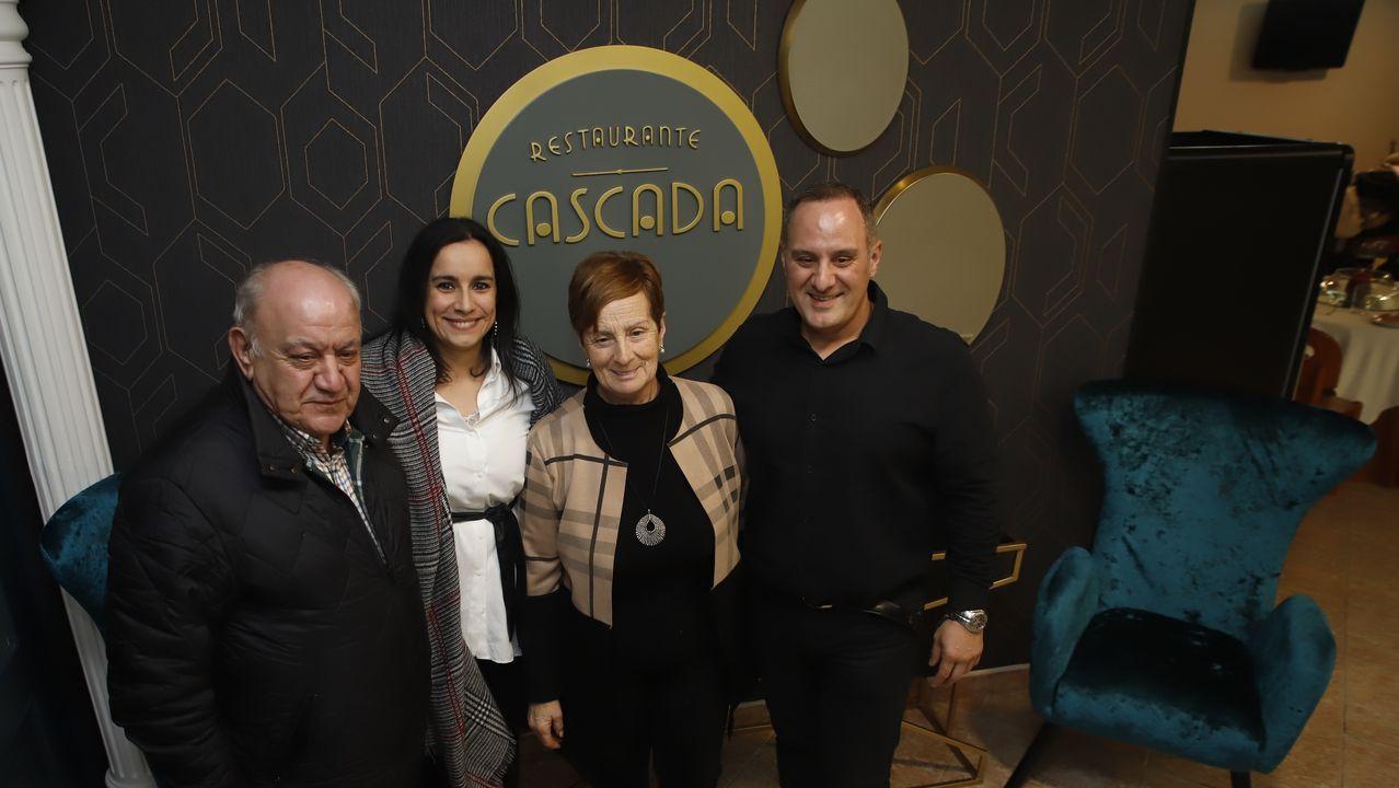 Fiesta de reinauguración del restaurante Cascada