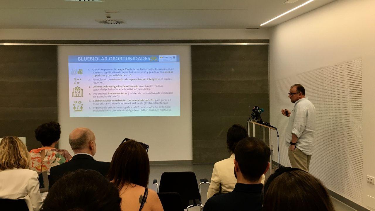 Daniel Rey en la presentación del proyecto en el edificio de Ciencias Experimentales