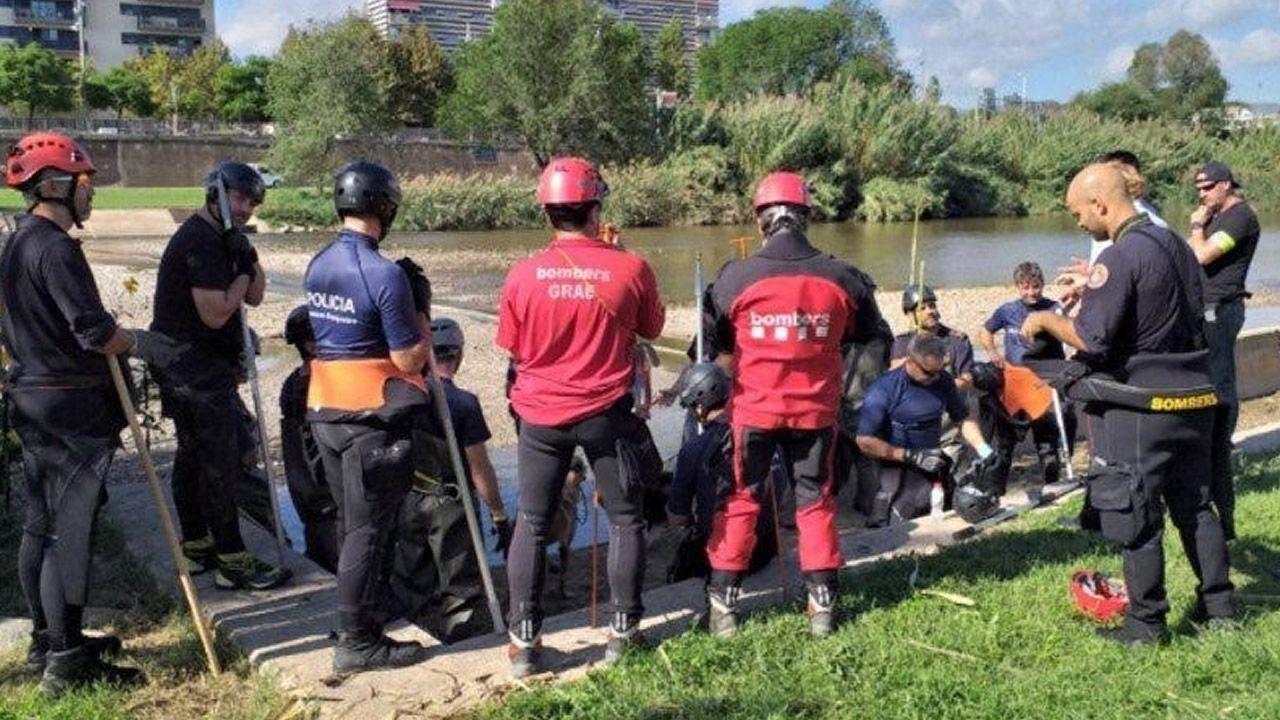 Recuperan el cadáver del bebé en el río Besós.Una mujer ha sido detenida por su posible relación con el cráneo encontrado dentro de una caja en Castro Urdiales