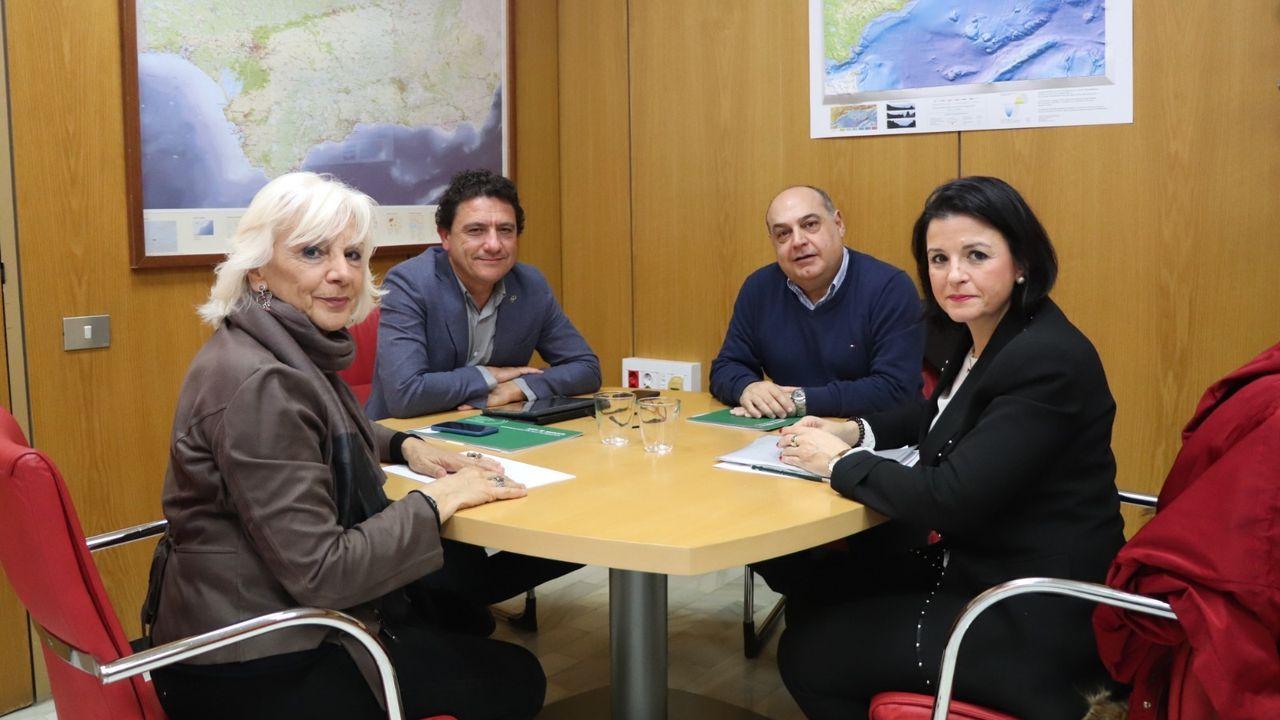 Reunión del alcalde de Sevilla con representantes del Consejo de Hermandades y el Arzobispado para tomar la decisión de suspender los desfiles procesionales