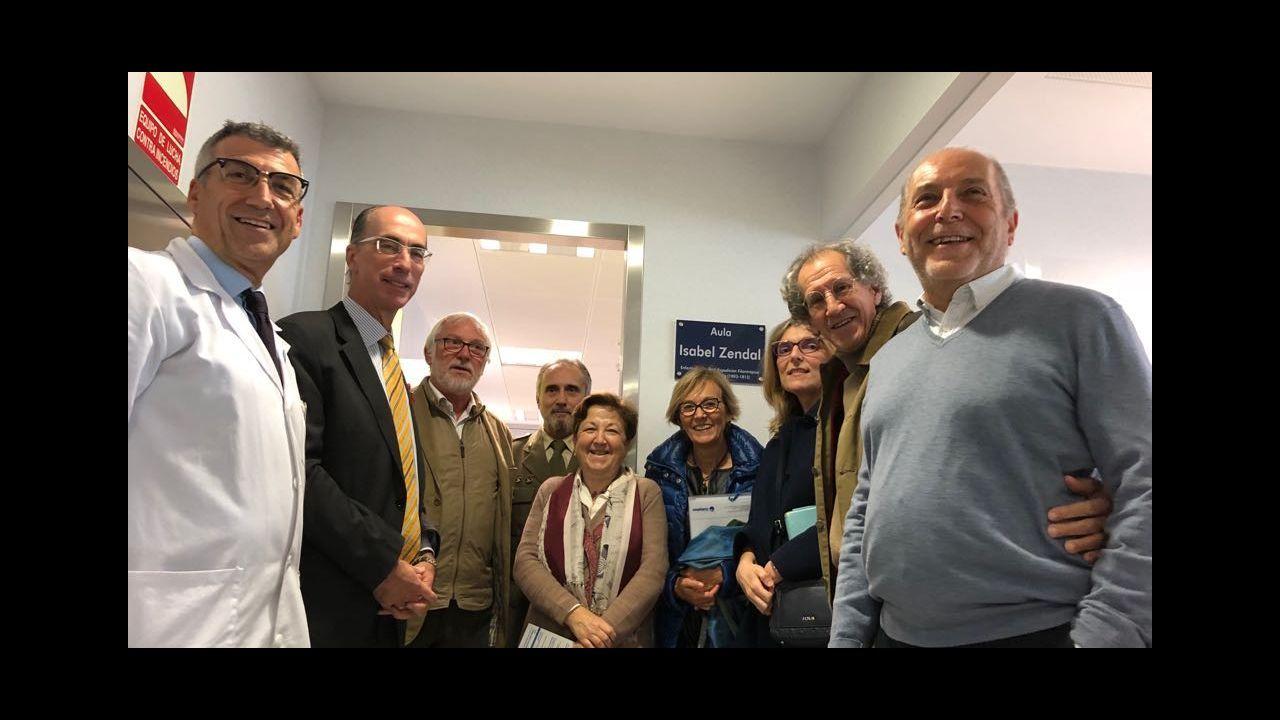 Inauguración del economato para personas necesitadas en A Coruña.Antonio Fernández-Campa, en una comparecencia en Vigo.