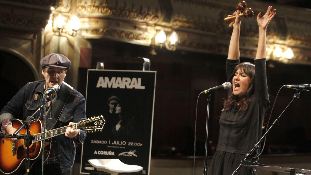 Amaral, de TerraCeo en Vigo.Amaral, en concierto en el San Froilán de 2009
