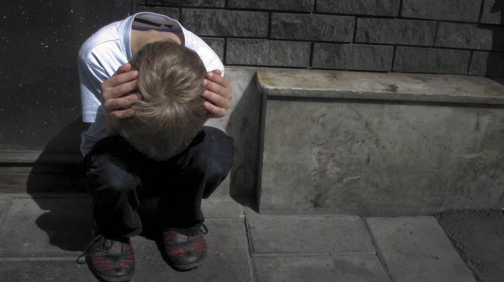 Los niños que sufren acoso escolar pueden tender a aislarse por inseguridad