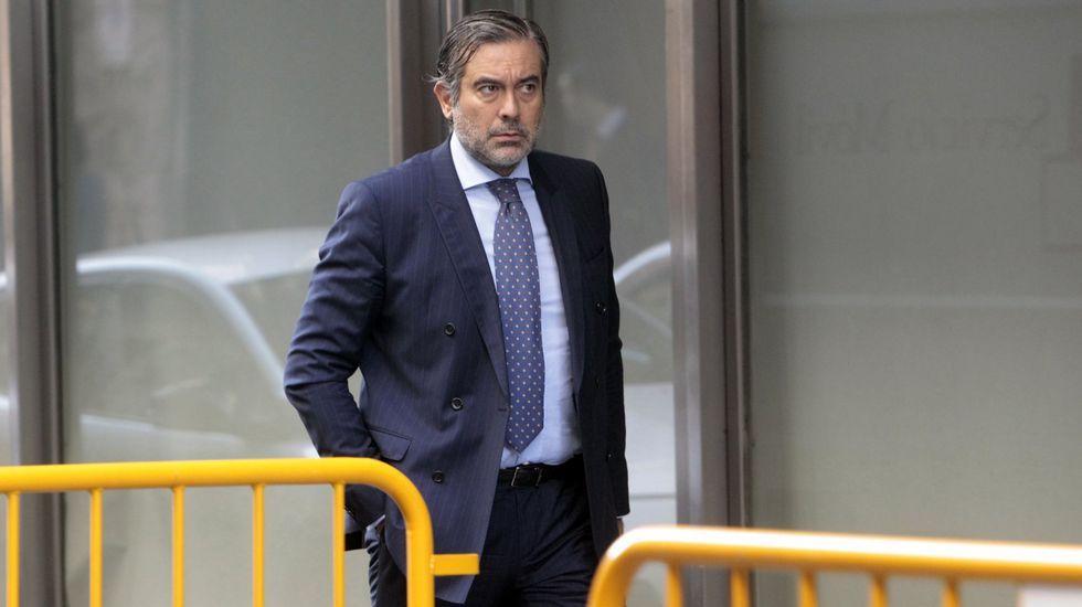 «B» - Trailer.Manolo Ortega asegura que el problema lo inició el PP cargando contra todo lo catalán.