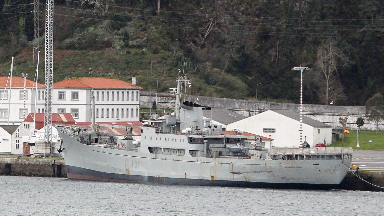Primeras pisadas de la UDC en la fábrica de armas.Botado en Suecia en 1951, fue mercante frigorífico, barco de contrabando y carguero