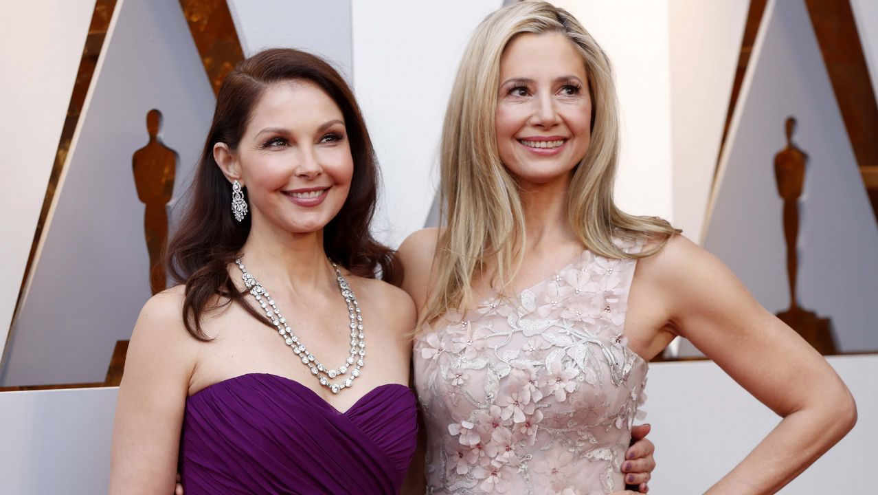 Ashley Judd y Mira Sorvino