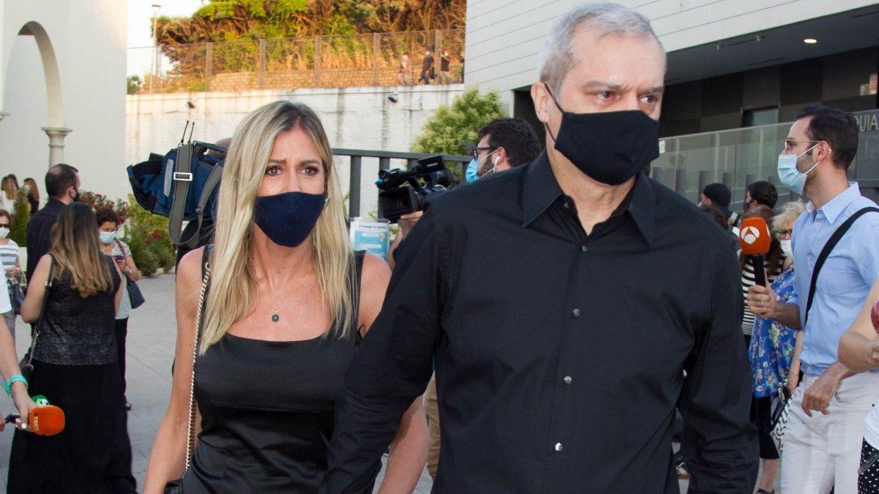 Patricia Cerezo y Ramón García hace un año, en el funeral de Álex Lequio