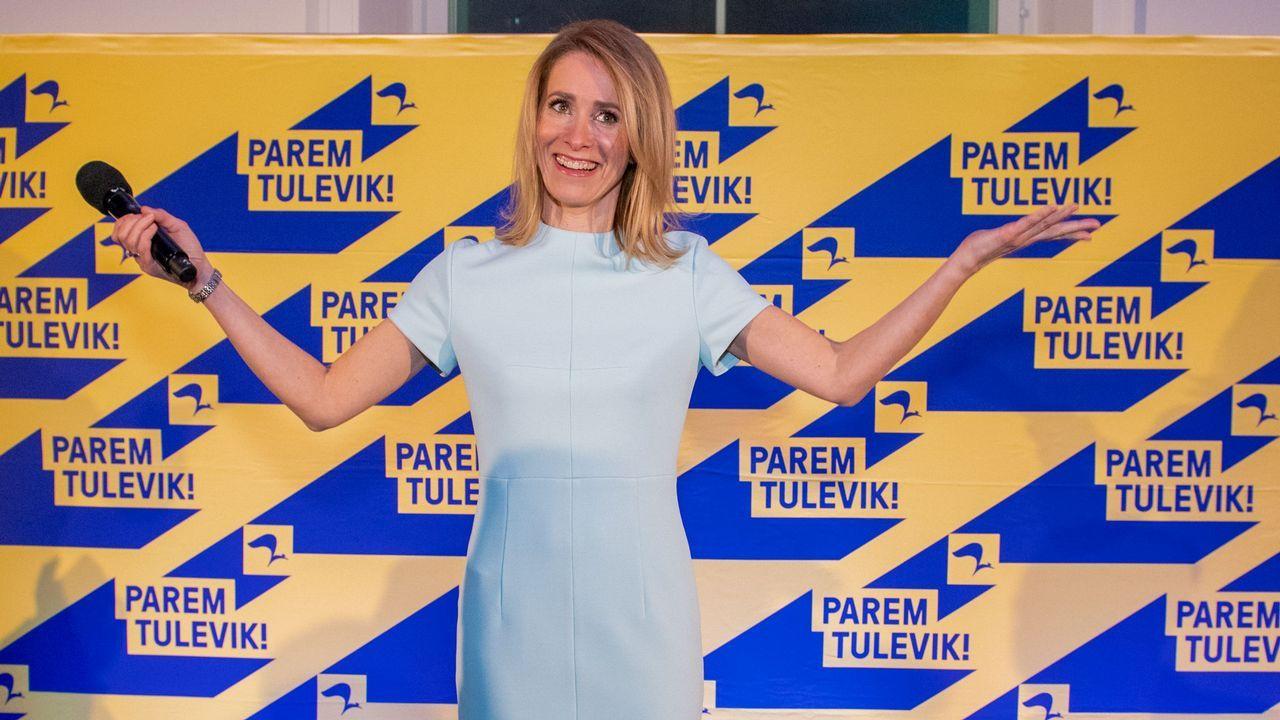 Despedida de la F-102 en el Asenal Militar de Ferrol.Si Kallas tiene éxito en formar un gobierno, Estonia será gobernada por dos mujeres, ya que la presidencia del país es ocupada por Kersti Kaljulaid