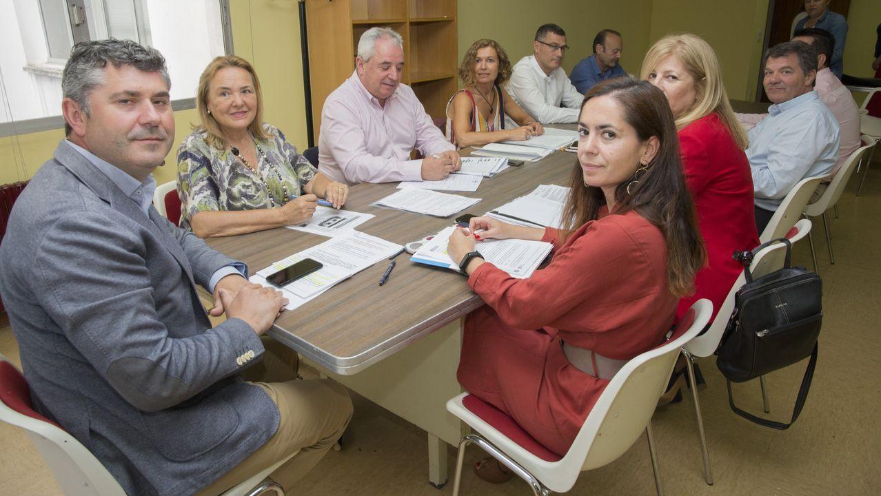 Escenario ideal para hacerse fotos.Jose Garcia Liñares (PSOE) tomó posesión el día 15 de junio en el que es su séptimo mandato como alcalde de Cerceda