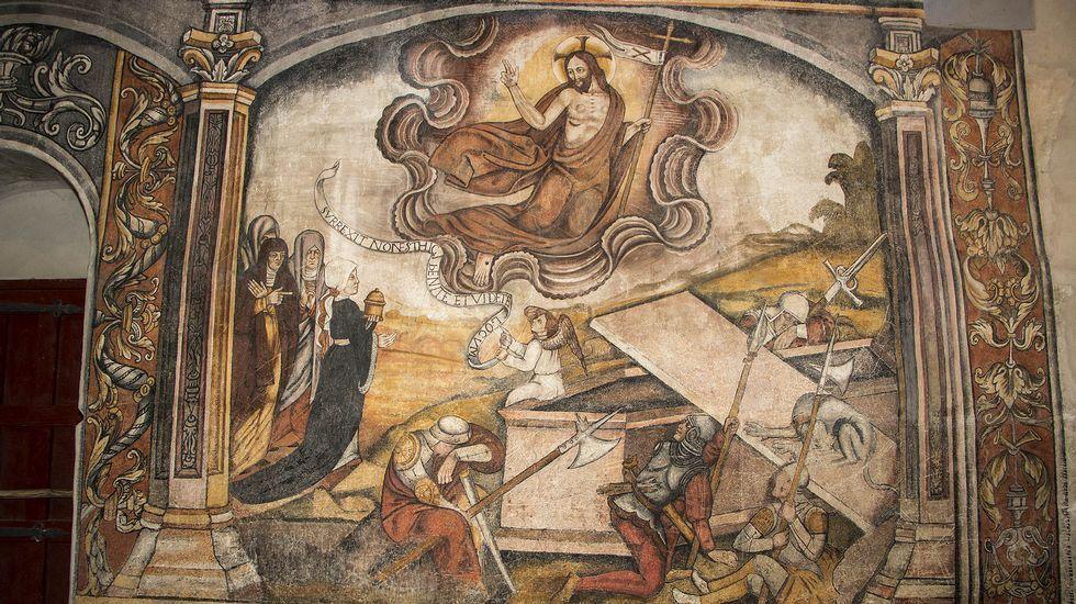 Una escena de la resurrección de Cristo en el mur sur de la nave de la iglesia