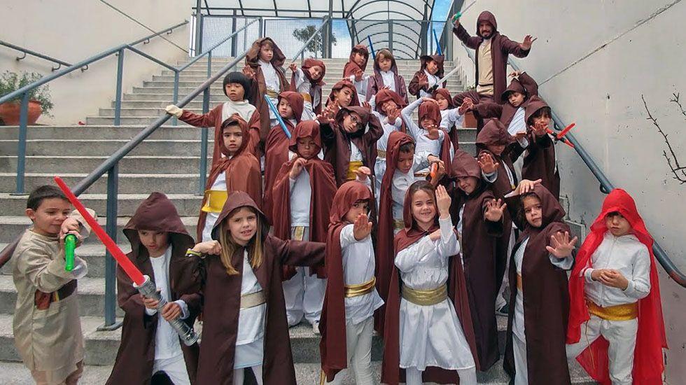 Tristan González y su experiencia docente en Star Wars.Aficionados animan en el Fondo Norte del Carlos Tartiere