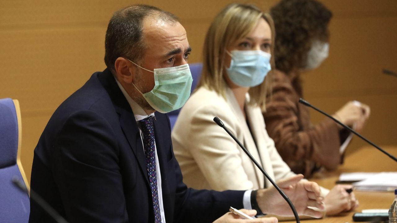 En directo: Comparecencia de los conselleiros de Sanidade y de Política Social