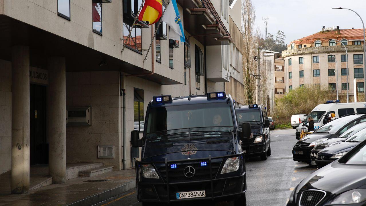 La Policia Nacional se retira de los juzgados de Ribeira