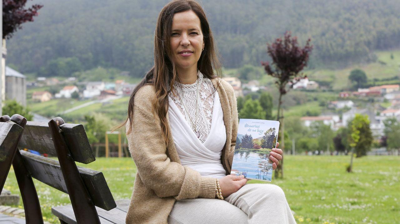 Promo de «The Last Rave».La profesora de yoga y poeta Silvia Romero